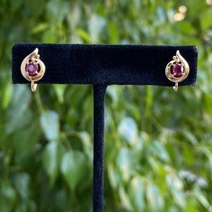 Vintage 14KT ruby 🔴 earrings